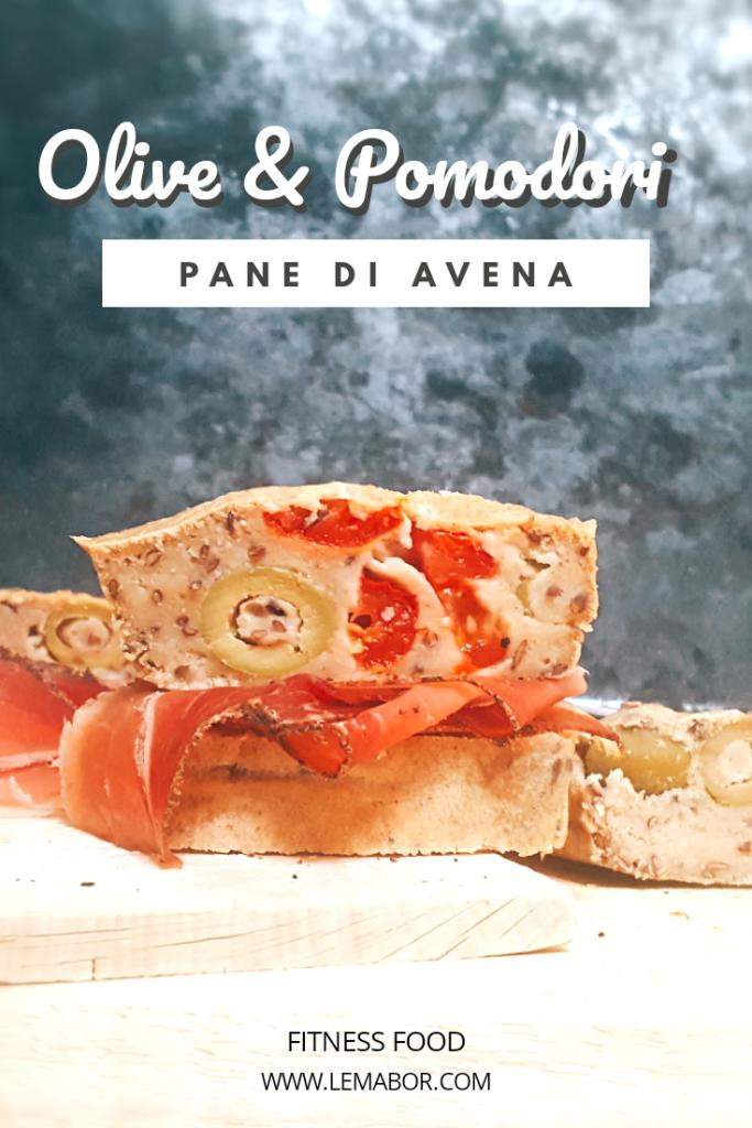 Pane avena olive e pomodori pane