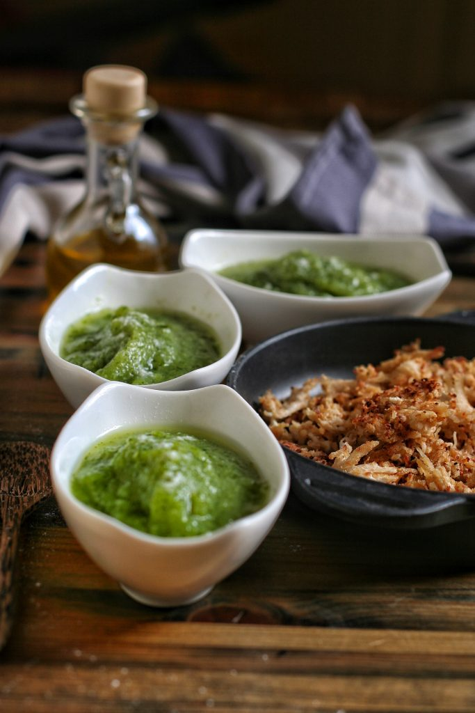 Pulled chicken with zucchini soup